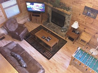 2 BR/ 2 BA 'A GREAT ESCAPE' cabin in Pigeon Forge