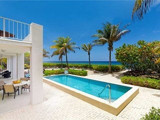 Villa Caymanas by Grand Cayman Villas and Condos