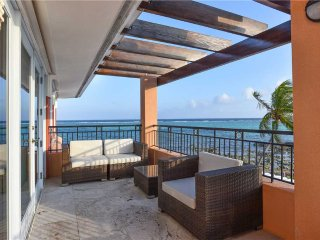 Pease Bay House by Grand Cayman Villas and Condos