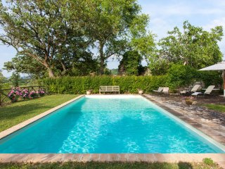 CASALE TORREGENTILE, pool - A/C, to experience the authentic pleasures of Italy