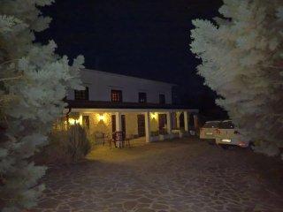 Tamerici House -camere nel verde - villino con 12 posti letto (3 suites 2+2)