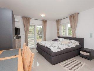 Brand new studio apartment with sea view 4