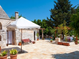 Authentic Trullo in Monopoli for 4 people near the Sea