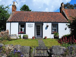 Heather Cottage- character country cottage in East Neuk