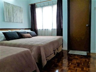 56 Homestay4u Subang Jaya (green house)- Bedroom 2 (1st floor) air-conditioned, AC with ceiling fan