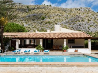 C47MLL Traditional villa ideally situated between Pollensa and Puerto Pollensa