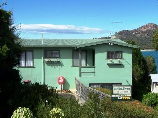 Freycinet Rentals Coles Bay Waterfronter 1