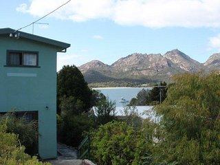 Freycinet Rentals Coles Bay Waterfronter 2