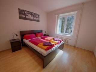 ZH Rodriguez - Stauffacher HITrental Apartment Zurich