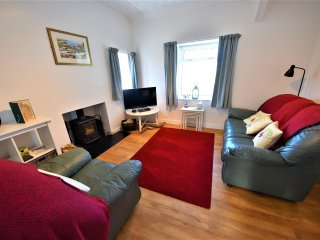 Trigfa Cottage 1.5miles from the Centre of Seaside Abersoch - Private Parking.