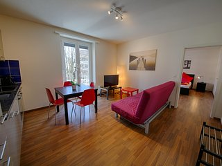 ZH Raspberry lV - Oerlikon HITrental Apartment Zurich