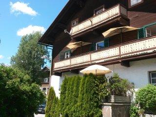 Appartement-FEWO im Landhaus-Sillian-32 mit privater Garage und Süd-Balkon