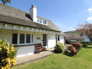Hills View Croyde Holiday Cottages Front