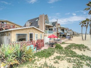 Single Family Home on the Sand! 3 Beds, 3 Bath! Available 3-7 Nights!