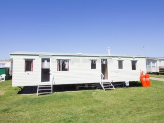 9 berth caravan at Broadland Sands Holiday Park. In Lowesoft, Norfolk. REF 20026