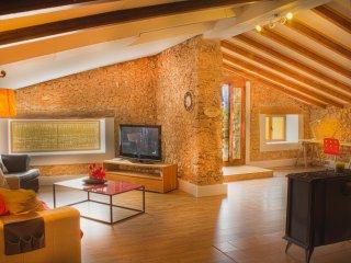 Beauty Borne Holiday Villa