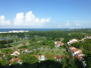 vhLuxurious Villa With Spectacular View At Wyndham Rio Mar Grounds