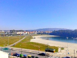 Ático en el centro con vistas a la playa de Baltar
