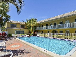 2BR 'Waves 20' Condo Across From St. Pete Beach – Walk to