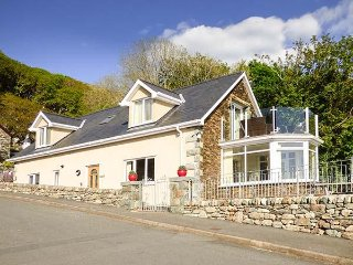 ARNANT, ,modern, detached house, glass balcony, wonderful views, in Barmouth, Re