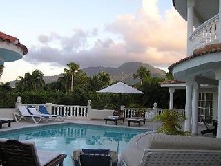 Beautiful 3 Bedroom Villa - Private Pool - All-Inclusive