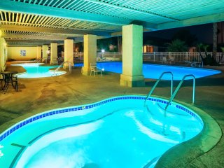 Desert Hot Springs Natural Mineral Resort-55+ Active Adults