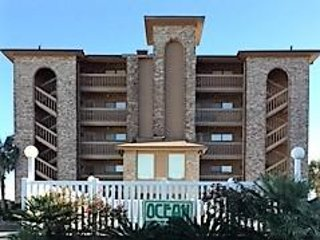 Ocean Inn Beachfront Condo, location de vacances à North Myrtle Beach