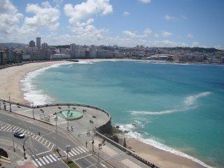 Dúplex céntrico con terraza al mar !!
