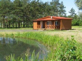 Chalet bord d'étang,nature, pêche,randonnée, vélo.