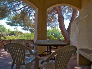 Cottage-Apartment With Views - 5 mins Walk To Beach