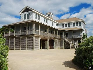 Yankee Clipper- 8 Bedroom Oceanfront  Home w/1 Day of Free H2OBX TIckets