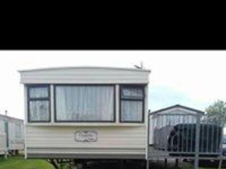N row 2 bed caravan at Sand le Mere (2)