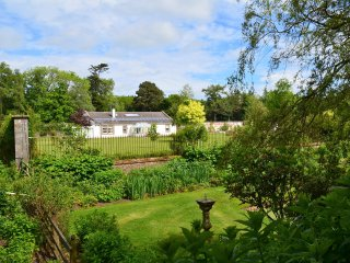 49126 House in Troon