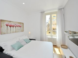 Modern & Central 1Bed flat in amazing location!