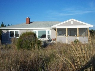 Oceanfront 4 bedroom home with screened porch!