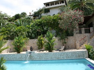Villas Casa Loma - (Suite 501): Tropical Villa with Pools and Spectacular Views