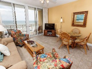 WE 507: Cozy & updated 5th floor,directly on BEACH, WIFI, Bch Srvc, FREE GOLF