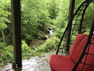 Private 7-Bedroom Waterfall Cabin, 3 acres on Watauga River w/ Grandfather views