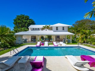 2 story villa within 5 min walk from the beach
