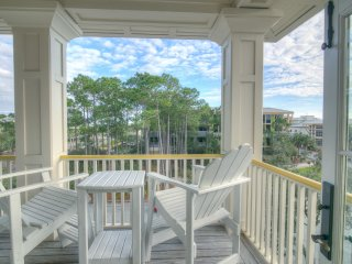 Location Location! South of 30A & Beachside in Watercolor! Gulf Views!