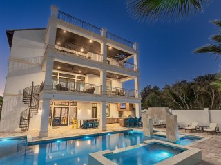 'A Shore Thing' - Private Heated Pool! Game Room w/Pool Table - Gulf Views!