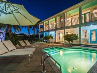 Gulf Views! Private Pool! Professionally Decorated! Steps to the Beach!