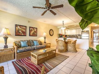 Spectacular Remodeled Condo, Ground Floor, Garden View, Large Lanai
