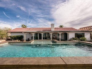 POOL HOME,  VIEWS, BULLHEAD CITY, 1900 SF, 1 QUEEN, 2 FULL, 1 QUEEN SLPR SOFA