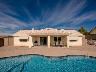 Beautiful Home 1541 SQ FT, 5 beds 2 Queen 2 twin 1 twin trundle bed