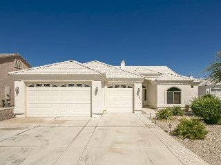 ON MAN-MADE LAKE, 1500 SF, FORT MOHAVE, 1 King, 1 Full, 1 Double, 1 Bunk bed,