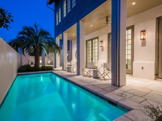 Private Heated Pool! Rooftop Gulf Views! Featured on The Today Show!