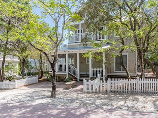'Marisol' is close to Seaside Town Center and Steps from Beach Access!