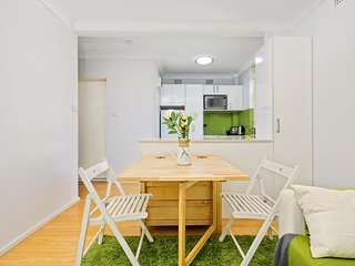 Inner West comfort - compact and great for couples