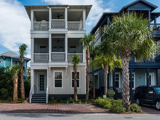 'Verona by the Sea' Gulf Views! 3rd Floor Porch with Grill and TV